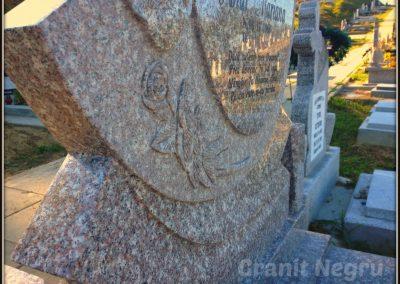 067 cruce granit maro